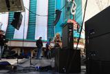 Rachel Reinert & Cheyenne Kimball (Gloriana) - Live on Fremont Street - Las Vegas, NV - 4/4/09 - X 47 various Qs