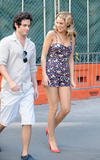 http://img212.imagevenue.com/loc43/th_80451_blake-lively-on-set-of-gossip-girl-in-nyc-20090903-17_122_43lo.jpg