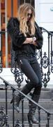 Elle MacPherson on School run in London 20-01-2011